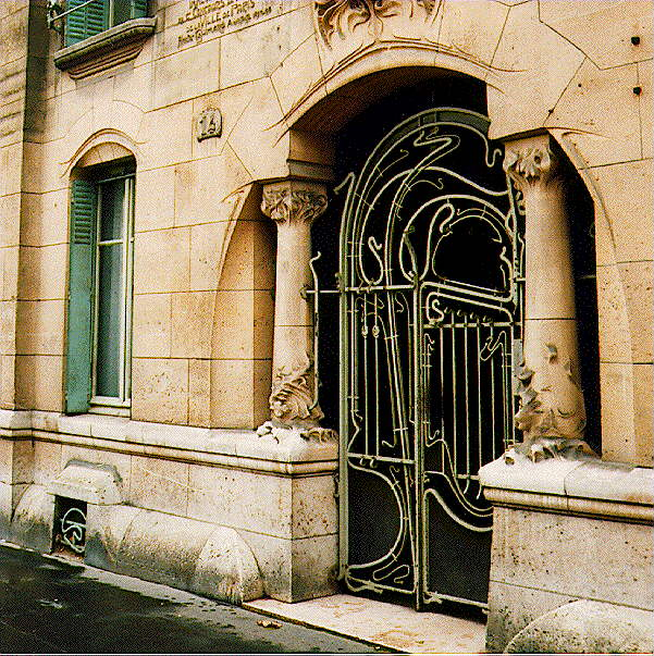 Saved from the paper drive art nouveau gallery hector guimard for Deco in paris